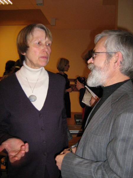 Marytė Kontrimaitė su kolega poetu Vladu Braziūnu.